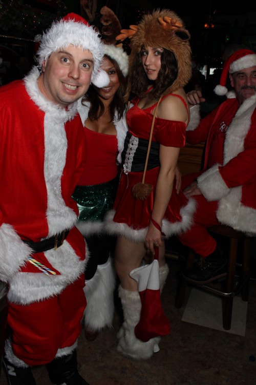 Alcohol-Enthusiast-SantaCon-2012-7